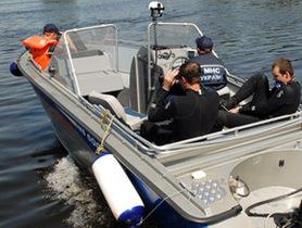 Моторная лодка и катер столкнулись в Днепропетровской области