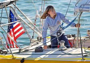 Французское судно взяло на борт пропавшую американку, совершающую кругосветное плавание