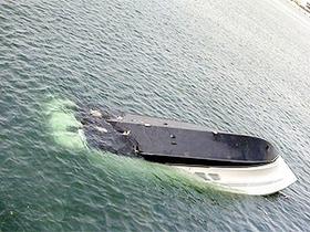 В Мариуполе перевернулась яхта с московскими туристами