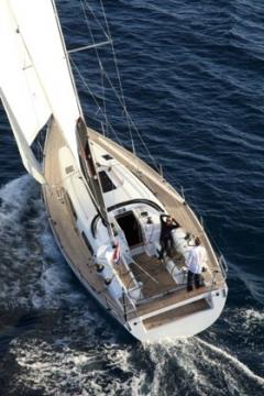 Парусная яхта Salona 44