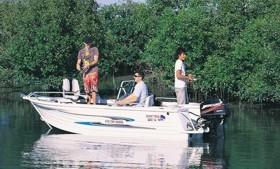Доступная алюминиевая лодка от Quintrex
