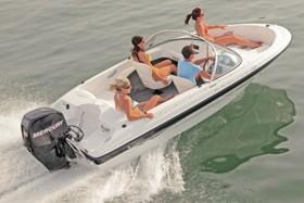 Лодка от Bayliner