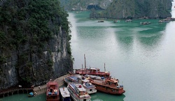 Крушение туристической лодки во Вьетнаме