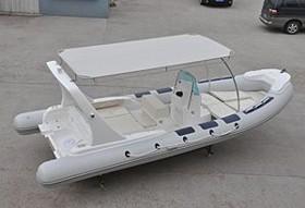 Новая надувная лодка с жестким днищем
