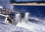 Два лодочных мотора на одной лодке: хорошо это или плохо?