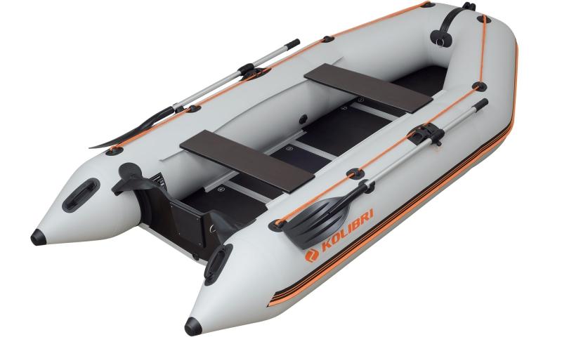 Надувная моторная килевая лодка Колибри КМ-330D четырехместная c фанерным пайолом